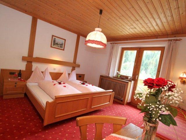hotel-zimmer-mariaalm-1.jpg